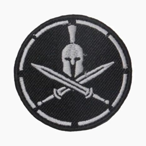 Шлем с мечами